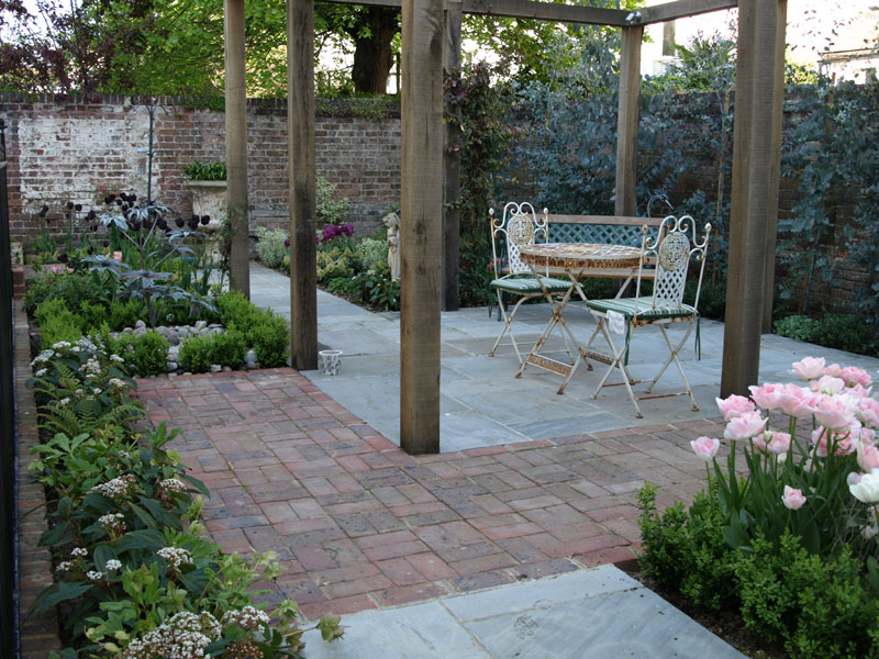 Brick and sandstone paving