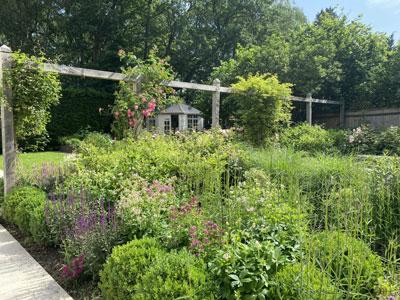 Oak pergola design. Summerhouse design. Sussex Garden designer.