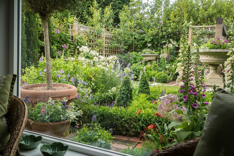 The Lovely Garden | Garden Design Brighton, Landscapers ...